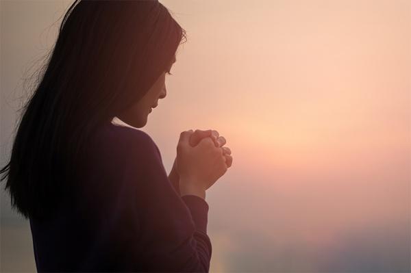hotelmallion_pray